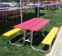 ISU Table CloseUp